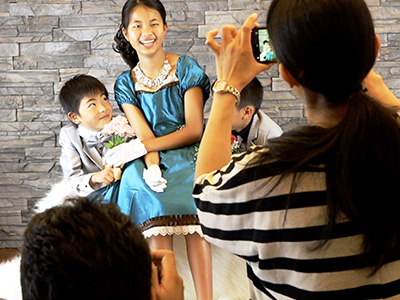 子供専門写真館スタジオバンビの撮影風景