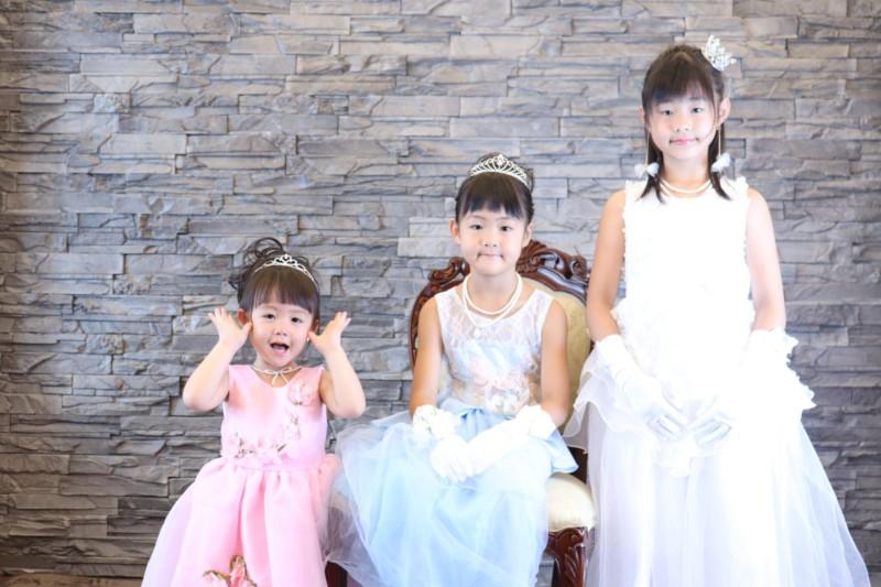 子供専門写真館スタジオバンビのドレス撮影