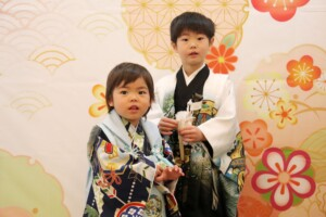 スタジオバンビ鈴鹿|五歳男の子の七五三撮影|兄弟で撮影